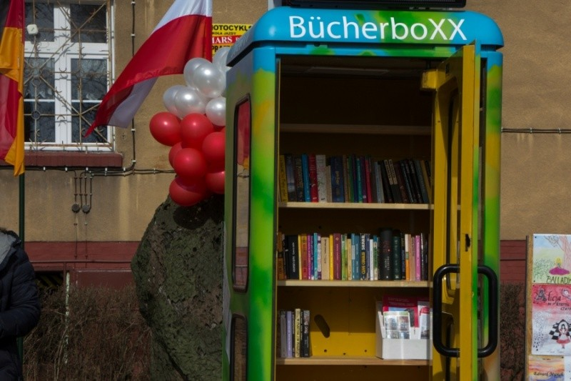 bucherbox2017046